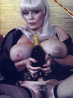 Vintage Celeb Nude Pics